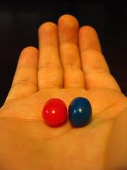 pastilla roja azul